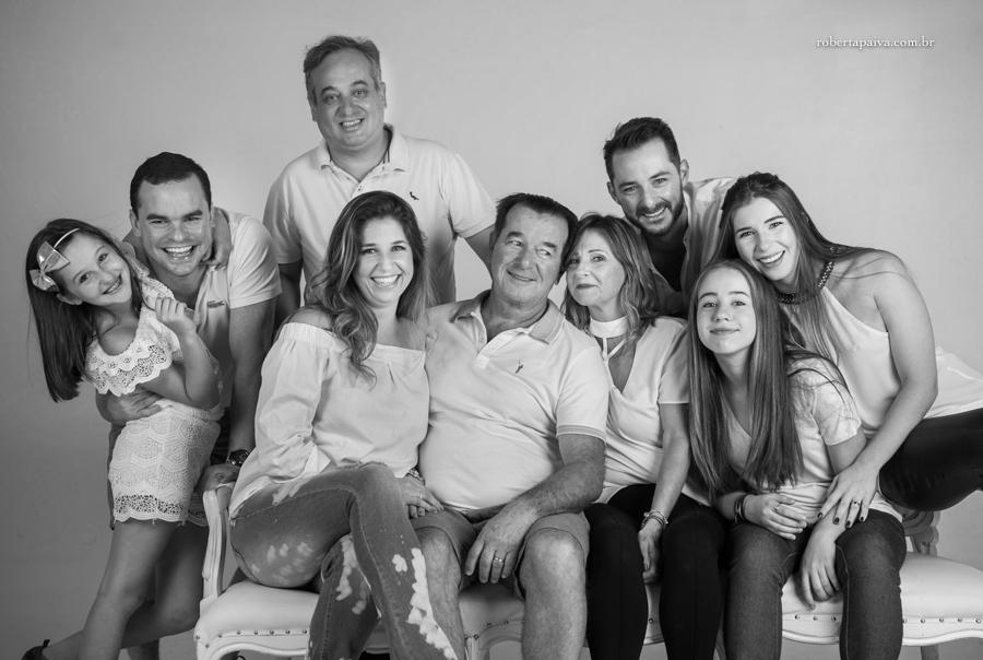 Existe foto mais linda que a de uma família unida e feliz ? u